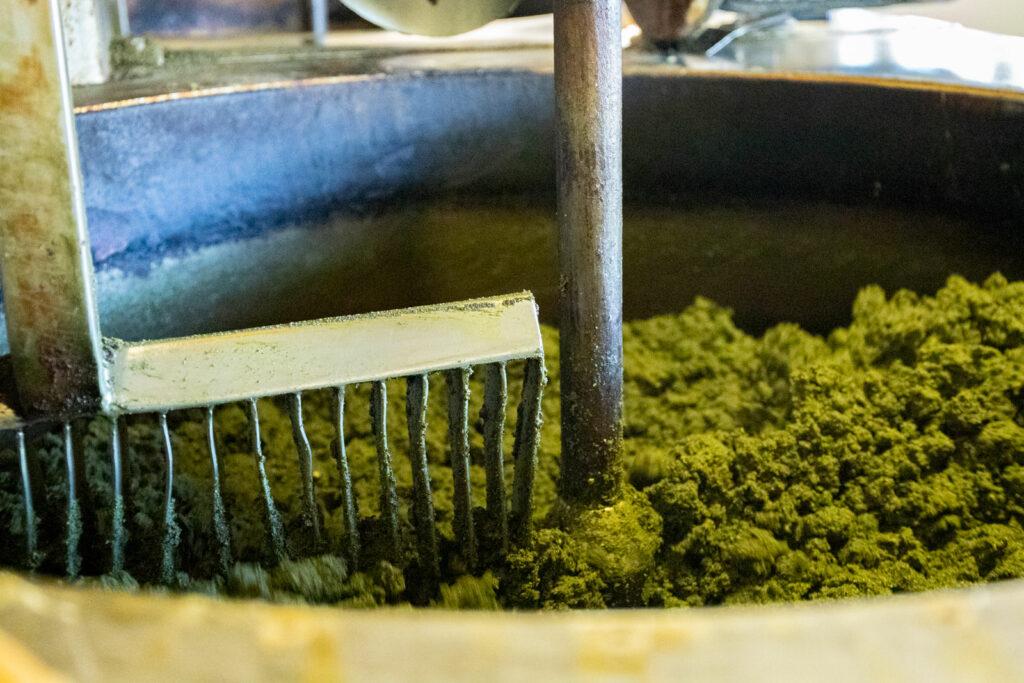 Produktion Steiraöl - Rührwerk Kerne